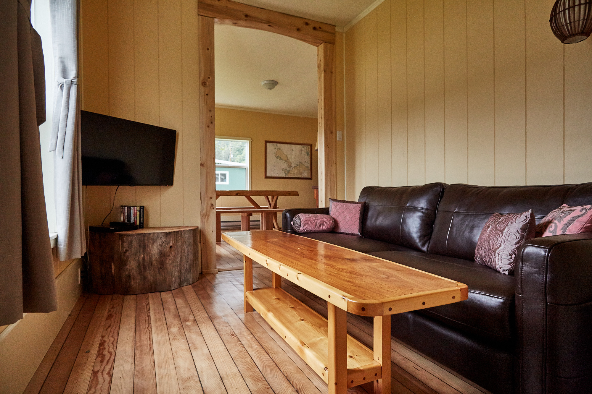 Cassiar Cannery - Halibut House-TV Room